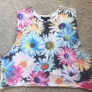 Cute floral crop top!